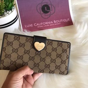 100 % Authentic GUCCI wallet